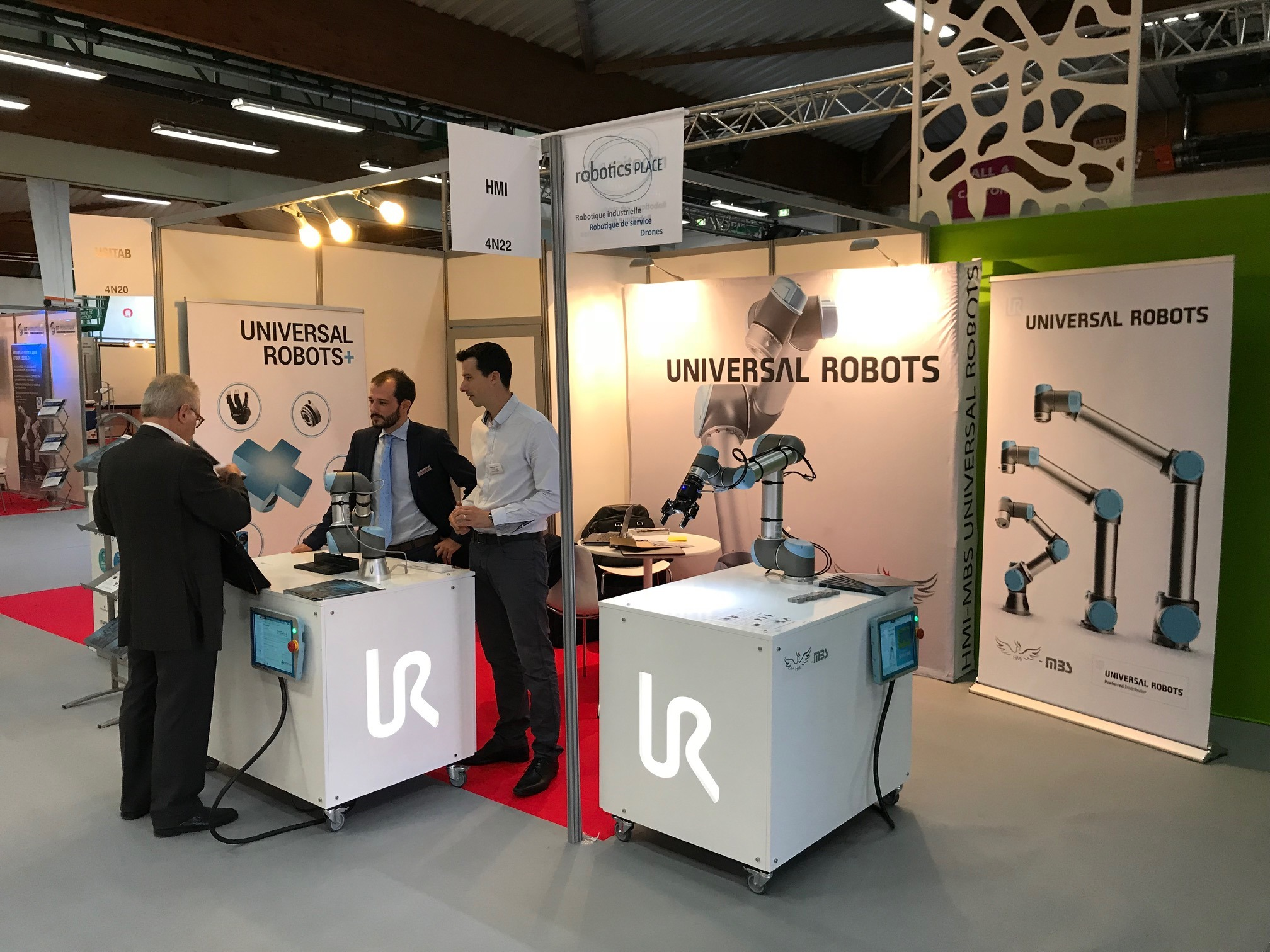 HMi-MBS expose au SIANE les robots collaboratifs Universal Robots